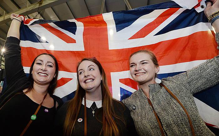 Eskoziaren ezetza independentziari
