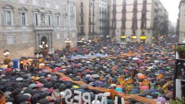 Sant Jaume plaza beterik, Bartzelonan