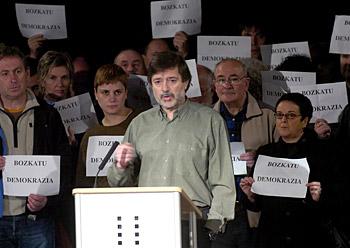 Ezker abertzalerako botoa eskatu zuten hainbat sindikalistak, Usurbilen, otsailaren 24an