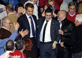 Zapatero eta Lopez PSE-EEren mitinean, Bilbon, otsailaren 26an