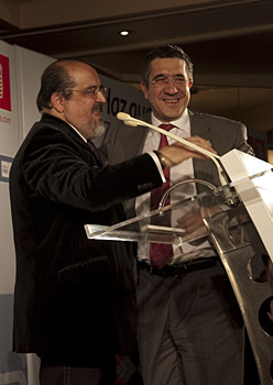 Txarli Prieto eta Patxi Lopez, Gasteizen, PSE-EEren azken ekitaldian