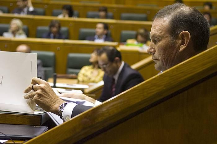 Ibarretxe, 2008ko ekainaren 27an, Eusko Legebiltzarrak Galdeketa Legea onartu zuen saioan. ©/ Raul Bogajo, ARP