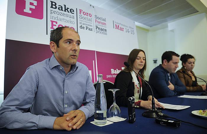 Paul Rios, ekainean, Foro Sozialaren aurkezpenean. ©Jagoba Manterola / Argazki Press
