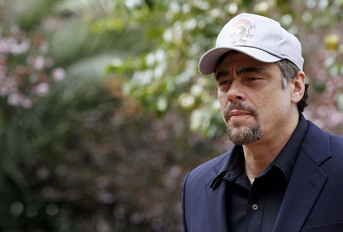 Benicio del Toro, 'A perfect day' filmean lanean. ©Chema Moya / EFE