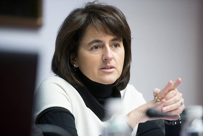 Marta Vera, otsailean, Nafarroako Parlamentuan orduko dimisioez aritzeko eskatutako agerraldi batean. / ©Iñigo Uriz, Argazki Press