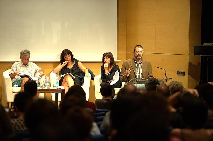 Agirreazkuenaga, Ugarte, Eskisabel eta Urrutia, atzo, Koldo Mitxelena Kulturuneko jardunaldietan. ©Andoni Canellada / Argazki Press