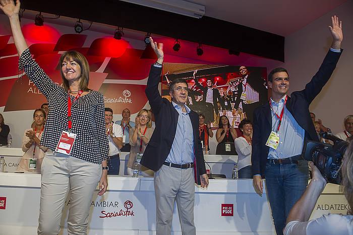 Idoia Mendia, Patxi Lopez eta Pedro Sanchez, atzo, Bilbon. ©Luis Jauregialtzo / Argazki Press