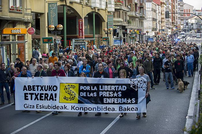 Jose Ramon Lopez de Abetxuko preso gaixoa eta preso gaixo guztiak aske uzteko eskatzeko manifestazioa, uztailean. / ©Juanan Ruiz, ARP