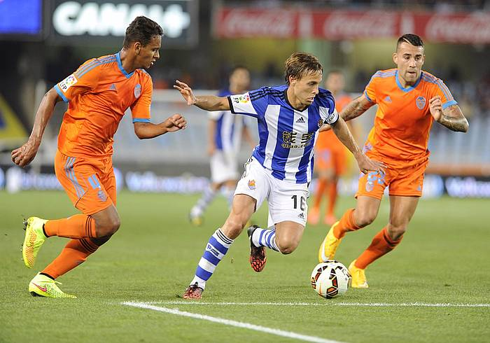 Sergio Canales, Valentziaren aurkako partidan. ©Jon Urbe / Argazki Press