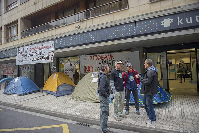 Errenterian Kutxabanken etxegabetzeen aurka egindako protesta. ©Andoni Canellada / Argazki Press