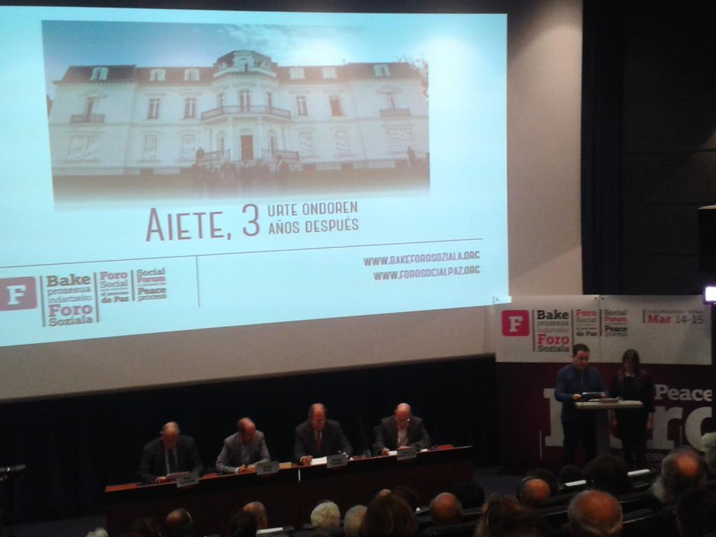 Currinen hitzaldia eta Foro Sozialaren ondorioak aurkezteko ekitaldia, Donostian. ©/ Lokarri