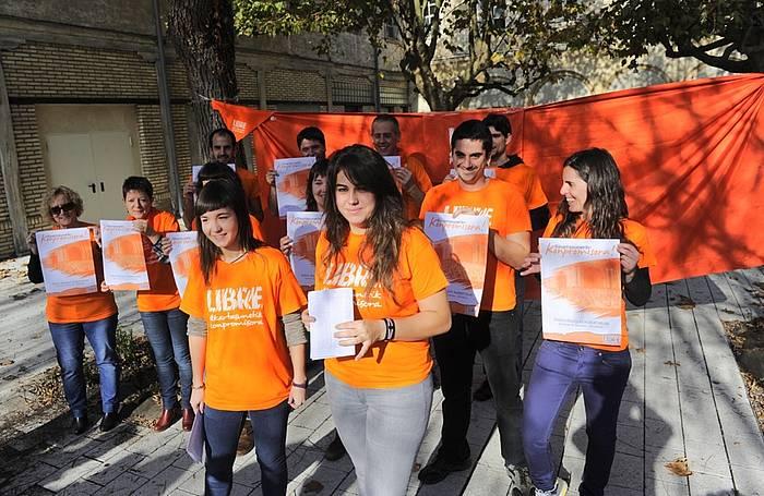 Libre Dinamika eta Eleak Mugimenduko kideen agerraldia. / ©Raul Bogajo, ARP