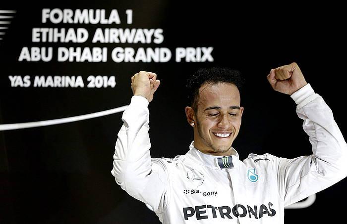 Lewis Hamilton, bigarren aldiz munduko txapelketa irabazi ostean. ©Valdrin Xhemaj / EFE
