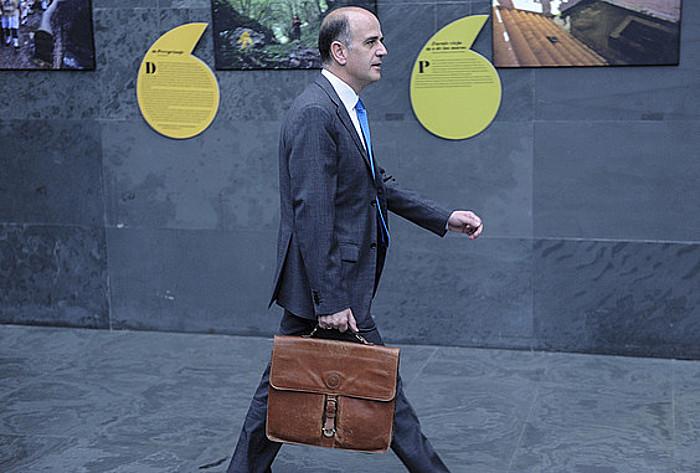 Alberto Catalan, Nafarroako Parlamentuan, iragan asteartean. ©Jagoba Manterola / Argazki Press