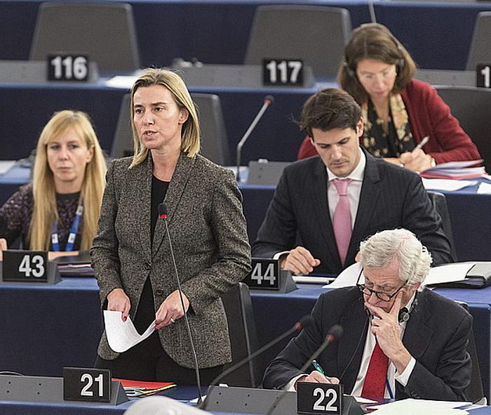 Federica Mogherini EBko diplomaziaburua, Europako Parlamentuan, Palestinako auziari buruz hitz egiten. / ©P. Seeger, Efe