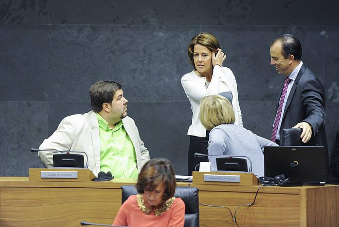 Eztabaida 'fracking'-az, Nafarroako Parlamentuan. / ©Jagoba Manterola, ARP