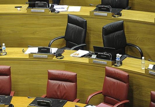 Nafarroako Parlamentua, hutsik. ©Jagoba Manterola / Argazki Press