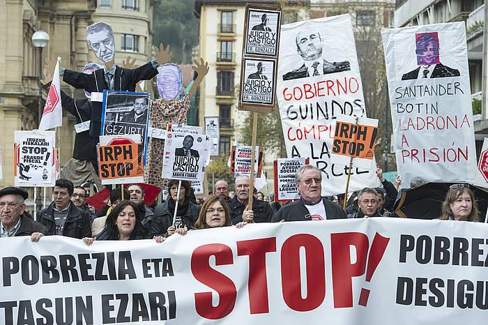 Ehunka lagunek hartu zuten parte Donostian egindako manifestazioan. ©Jon Urbe / Argazki Press
