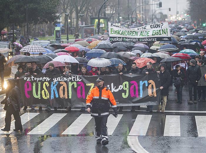 'Oztopo guztien gainetik EUSKARAZ biziko gara' manifestazioa./ ©Jon Urbe, Argazki Press