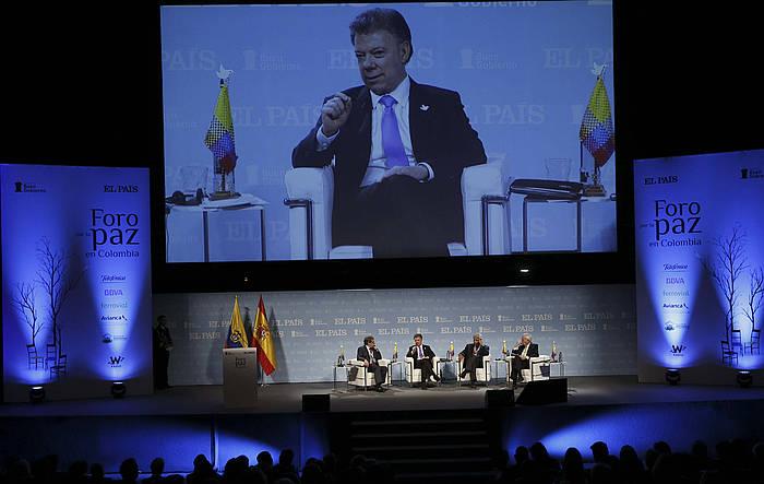 Madrilen da Juan Manuel Santos Kolonbiako presidentea, Bakearen Aldeko Foroan. ©Sergio Barrenechea / EFE