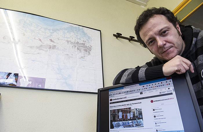 'Iruñerriko Euskalduno Agerkaria'-ko arduradun nagusia da Juan Kruz Lakasta. ©Jagoba Manterola / Argazki Press