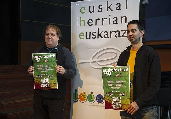 Nestor Estebanek eta Koldo Zaratek aurkeztu dute apirilaren 18ko egitasmoa. ©Monika Del Valle / Argazki Press