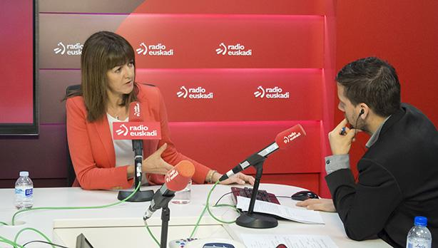 Idoia Mendia, Radio Euskadiko estudioan. ©/ @Socialistavasco