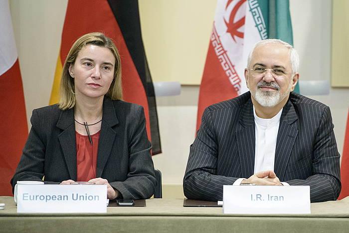 Federica Mogherini EBko diplomazia burua eta Javad Zarif Irango Atzerri ministroa Laussanen./ ©BRENDAN SMIALOWSKI / POOL