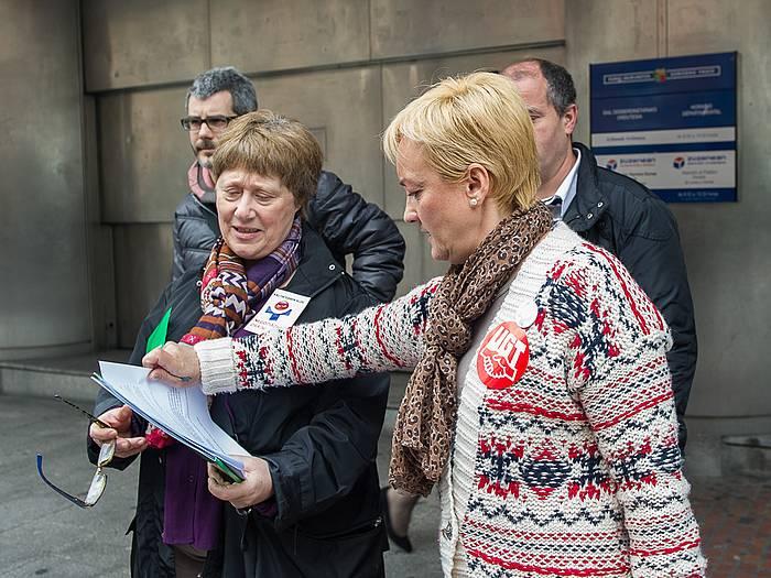Sindikatuek eguerdian erregistratu dituzte greba deialdiak. ©Monika del Valle / Argazki Press