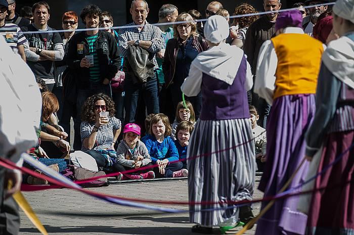 Herritar ugari bildu da Faltzesen, D ereduaren alde./ ©Jagoba Manterola / Argazki Press
