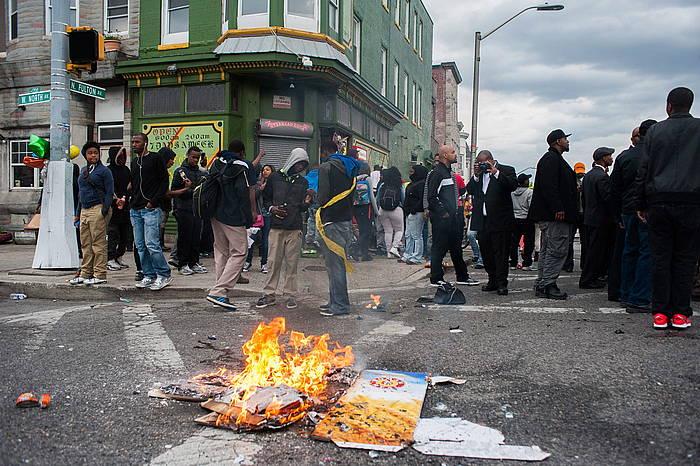 Manifestariak Baltimoren, atzo./ ©NOAH SCIALOM, EFE