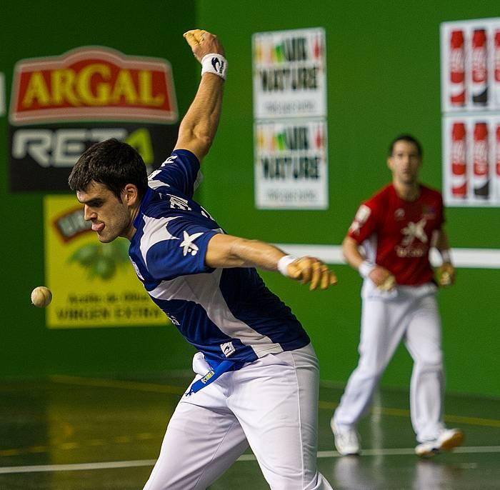 Ezkurdiaren eta Arretxe II.aren arteko partidaren une bat. ©Juanan Ruiz / Argazki Press