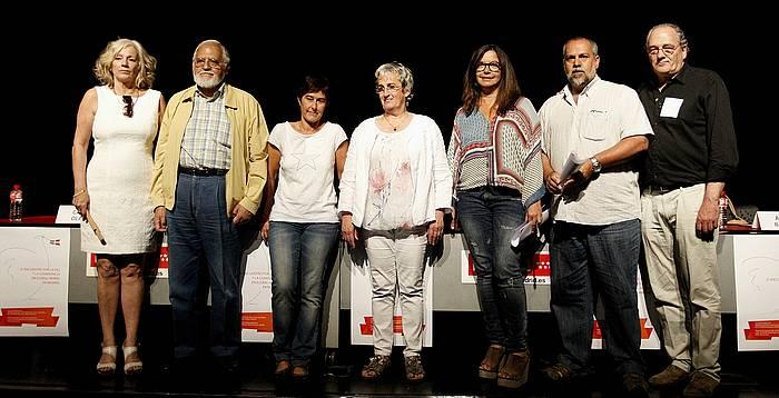 Madrilen, Marcelino Camacho aretoan atzo, ETAko zein GALeko biktimak, bakearen eta bizikidetzaren aldeko jardunaldian./ ©J. DANAE / ARGAZKI PRESS