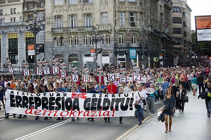 2010ean atxiloketak salatzeko eginiko manifestazioetako bat./ ©JUANAN RUIZ / ARGAZKI PRESS
