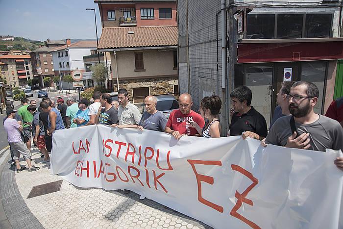 Lan istripuen kontra Zumarragan eginiko elkarretaratzea./ ©Andoni Canellada, Argazki Press