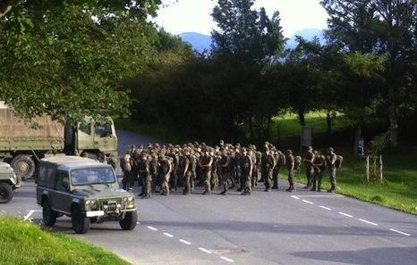 Militarrak Larraitzen. ©/ Gazte Abertzaleak
