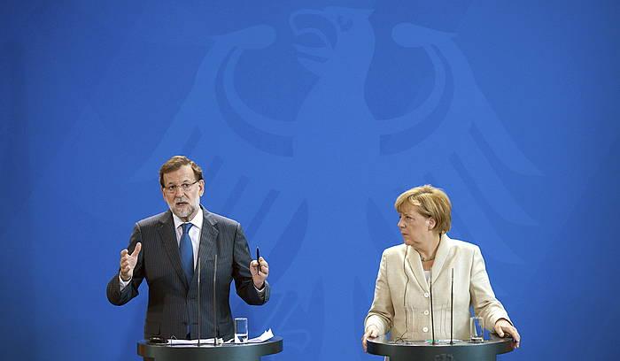 Mariano Rajoy eta Angela Merkel. ©BERND VON JUTRCZENKA