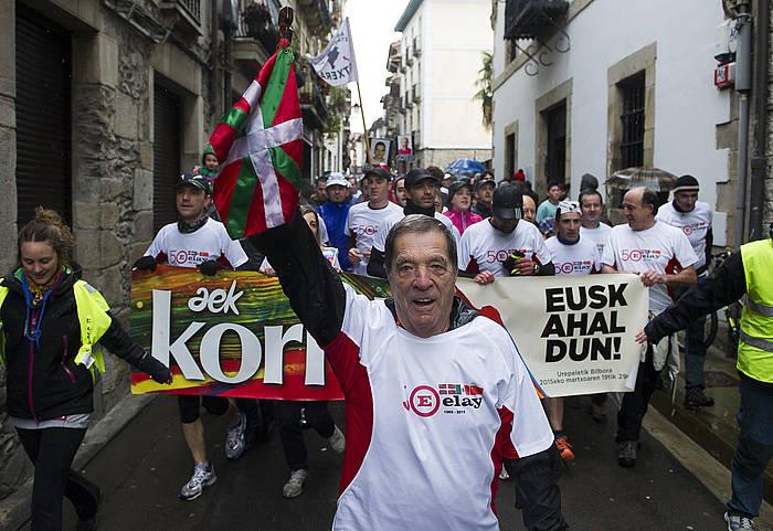 Jose Luis Elkoro, aurtengo martxoan, Korrika Bergaratik igarotzean. ©Luis Jauregialtzo / Argazki Press