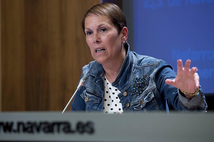 Uxue Barkos Nafarroako presidentea prentsaurreko batean. ©Iñigo Uriz / Argazki Press