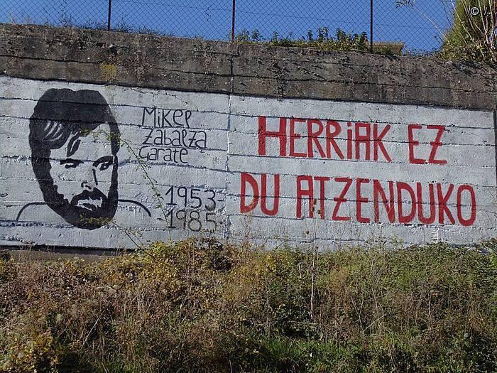 Egia eta justizia aldarriak ez du etenik Mikel Zabalza hil eta 30 urtera