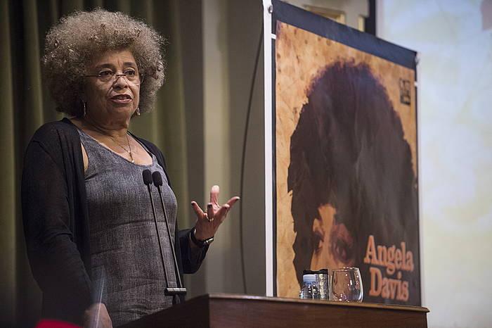 Angela Davisen hitzartzea. ©Monika Del Valle / Argazki Press
