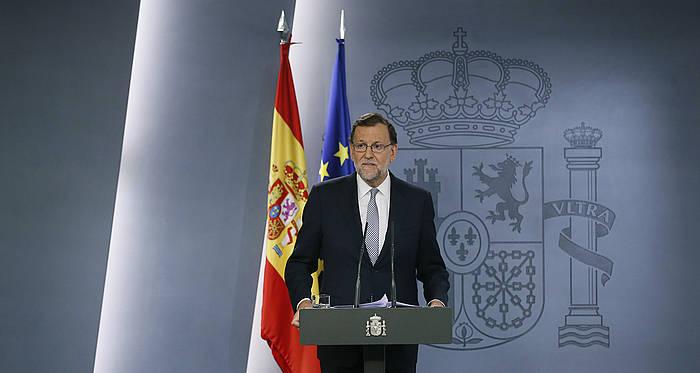 Mariano Rajoy Espainiako jarduneko presidentea, Felipe VI.arekin bildu ostean adierazpenak egiten. ©Juanjo Martin / EFE