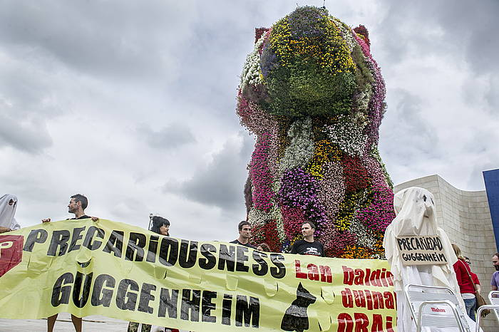 Guggengeim museoko hezkuntza saileko langileen protesta bat, joan den abuztuaren 8an. ©Marisol Ramirez / Argazki Press