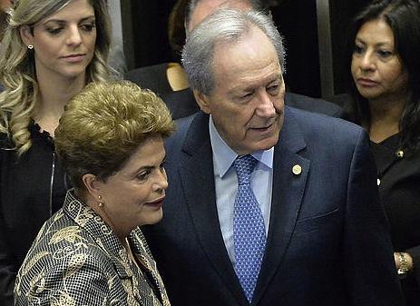Rousseff Senatuan, Ricardo Lewandowski ganbera horretako presidentearekin. / ©Cadu Gomes, Efe