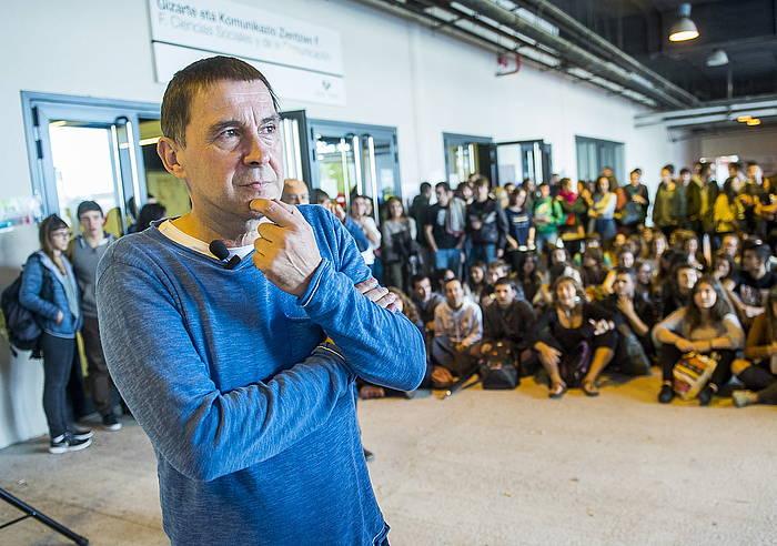 Arnaldo Otegi, kanpainako une batean. ©Luis Jauregialtzo / Argazki Press