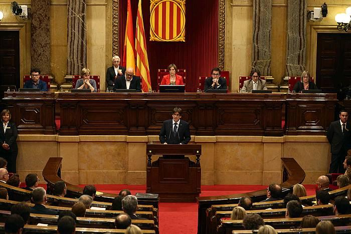 Puigdemont, Parlamentuan bere konfiantza mozioan. / ©Toni Albir, Efe