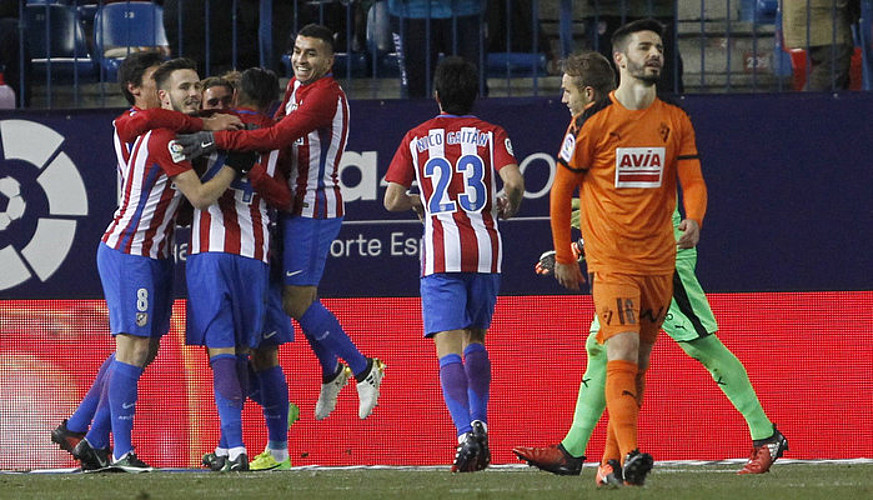 Atletico Madrilek Eibarren opariak baliatu ditu (3-0)