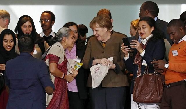 Merkel kanpainan sartu da