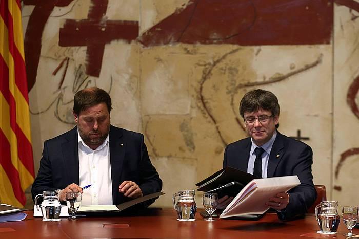 Generalitateko presidenteorde Oriol Junqeras eta Carles Puigdemont presidentea, artxiboko irudi batean.