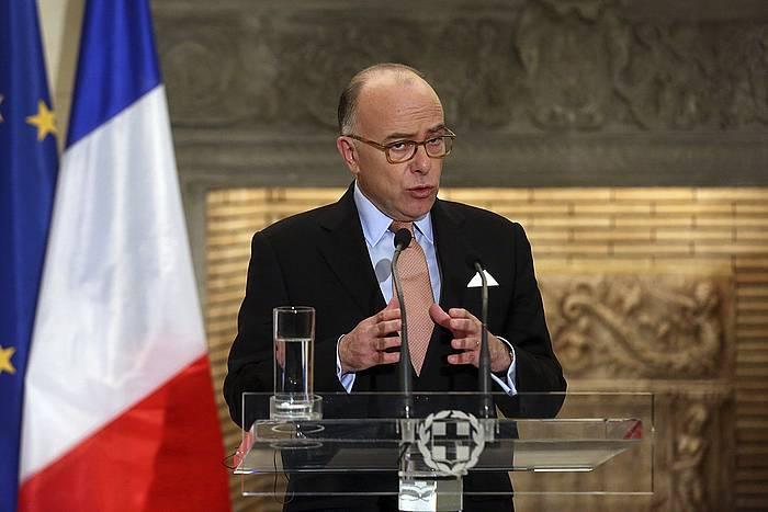 Bernard Cazeneuve Frantziako lehen ministroa, artxiboko argazki batean.